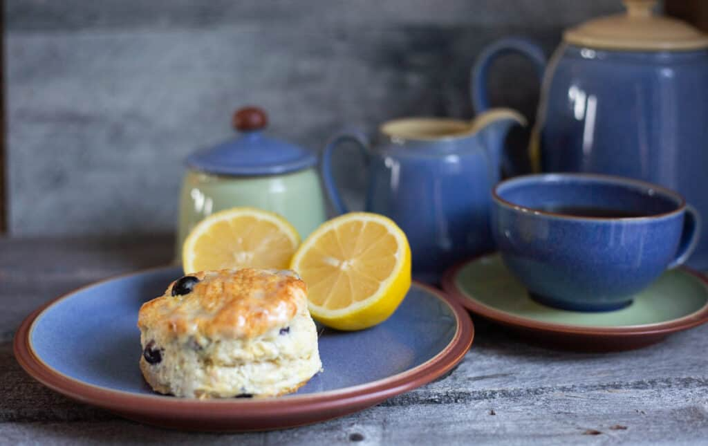 Lemon Blueberry Scones with teapot in background